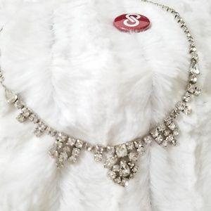 Jewelry - Vintage clear rhinestone necklace, EUC read!⬇️⬇